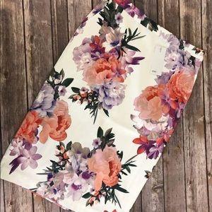 Dresses & Skirts - NEW OVI FLORAL PENCIL SKIRT SMALL MEDIUM WOMANS