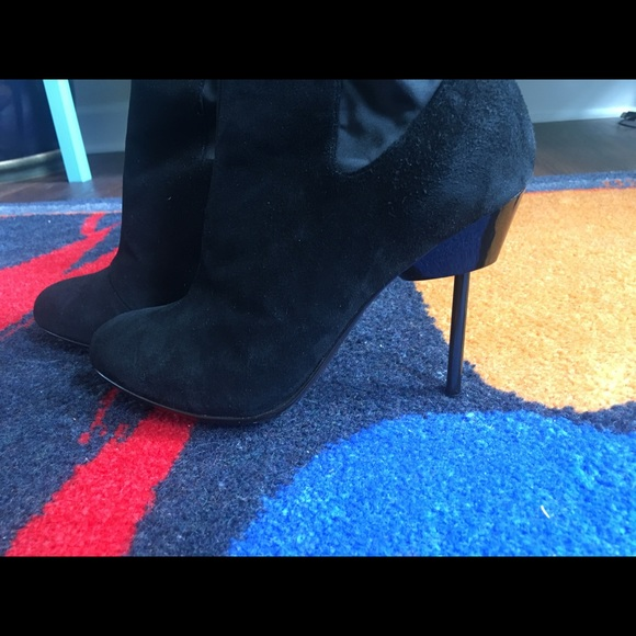 United Nude Shoes - United Nude Pin Heel Black Suede Ankle Boots