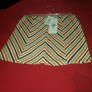 Dresses & Skirts - cute ladies mini skirt size medium