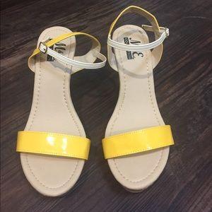 Shoes - M&E WEDGES