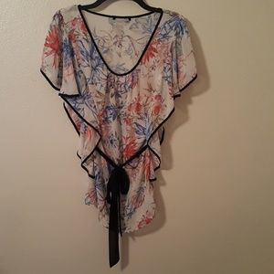 Tops - Flutter Sleeve Ruffled Sheer Floral Top Size 2X