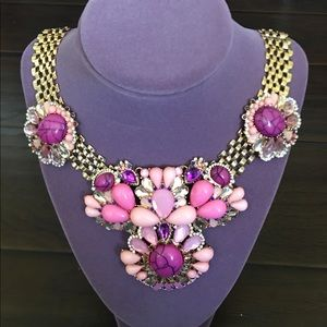 Gorgeous , will add elegance to any outfit