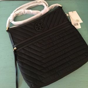 657506085d5 Tory Burch Bags - NWT! Tory Burch Quilted Nylon Swingpack