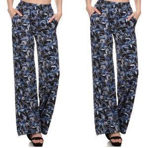 Pants - Floral Wide Leg Pants Woman's Medium Large Blue