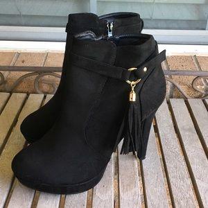 💥FINAL💥Top Moda Black Faux Suede Fringe Boots