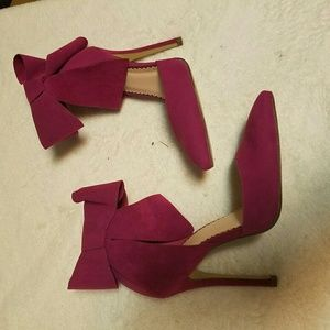 Maroon heels with bows