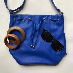 Handbags - NWOT Blue Drawstring Bucket Purse Bag