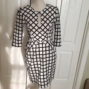 Eshakti Dress - Size Small