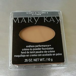 Other - Mary Kay Endless Performance Creme-To-Powder