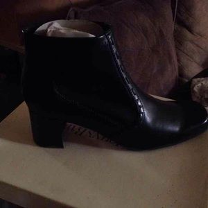st johns Shoes - Booties