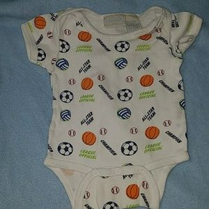 basic editions One Pieces - baby boy onsie 6to9months