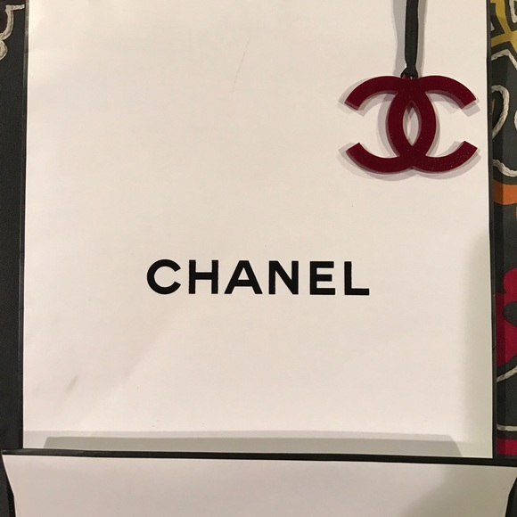 CHANEL Accessories - AUTHENTIC Chanel shopping bag