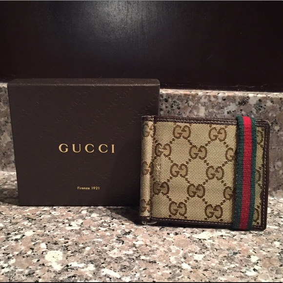 4737003b403d Gucci Bags | Beige Wallet With Money Clip 224187 | Poshmark