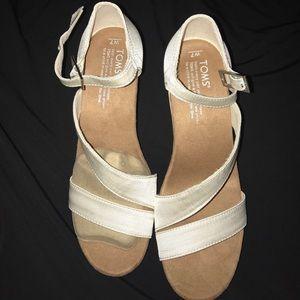 115c5fa1e1b0 Toms Shoes - Toms Clarissa size 7