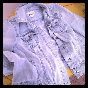 Jackets & Blazers - Light wash denim jacket