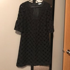 EUC Bell Sleeve Shoshanna Sheath Dress