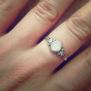 Jewelry - Sterling Silver & Mother of Pearl Stack Band Ring
