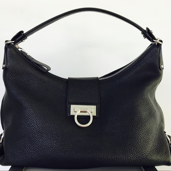 2a4c56f183 Salvatore Ferragamo Handbag. M 59906f244127d0102f10b0cf