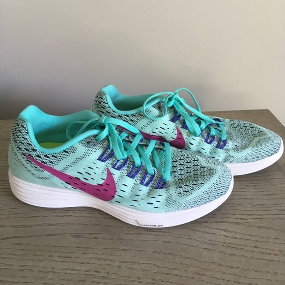 Nike Shoes | Neutral Ride Soft Running