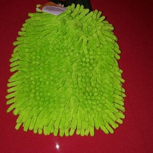 Other - mitten hand duster very cute new with tags