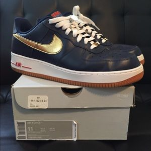 7958cb2ea4719a Other - Men s Nike Air Force one low Olympic size 11