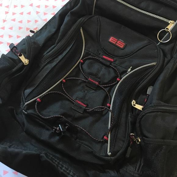 75139cb40c4c Eastsport Other - 🖤 Eastsport Backpack 🖤