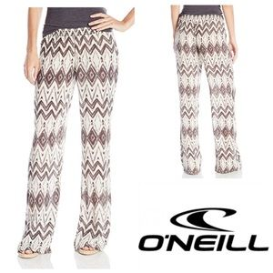 "O'Neill Pants - 🆕 O""Neill Edith Printed Woven Beach Pant"
