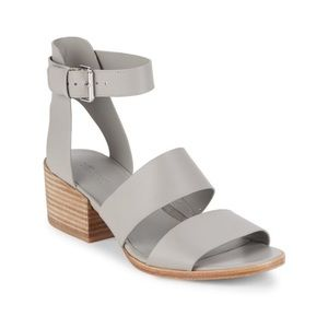 New (In Box) Gray Vince Frida Leather Sandals
