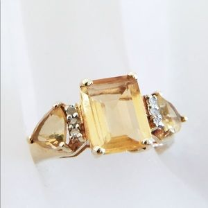 10k solid gold citrine and diamond cocktail ring