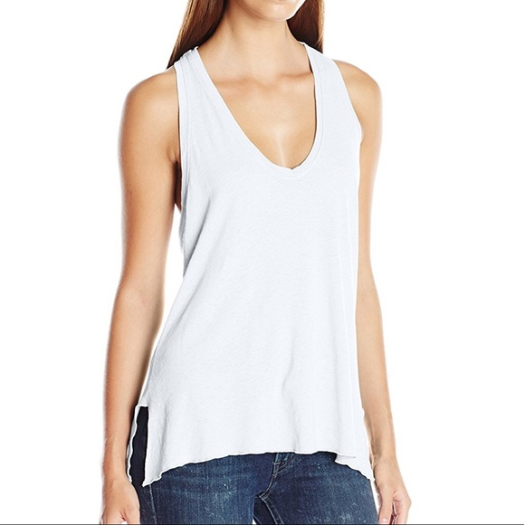 LAmade Tops - 👚LAmade size L - white tank, never worn -1 Left!
