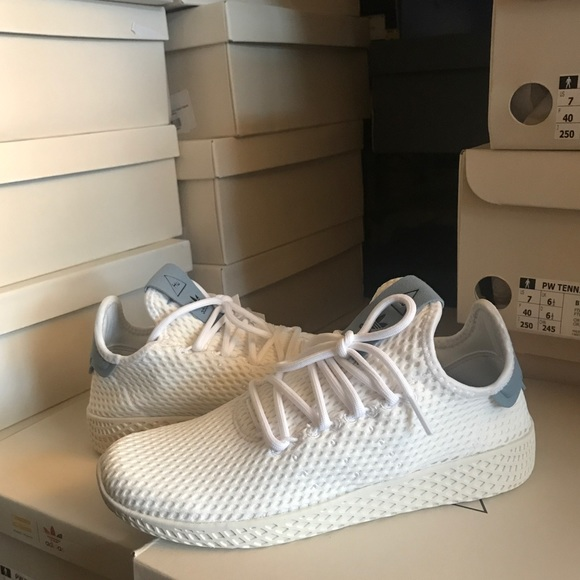 half off f401e 5e97b Adidas tennis HU (PHARRELL x ADIDAS STAN SMITH) NWT