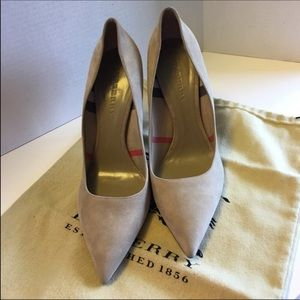Burberry Shoes - Authentic! New! Burberry Pointy Toe Heels