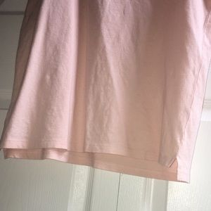 on the byas Shirts - Light pink on The Byas tank top w/ slit on sides