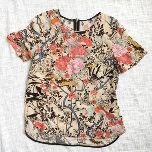 Tops - Floral short sleeve top