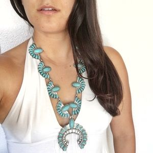 Turquoise tribal blossom necklace