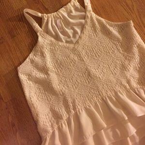 🌹3/$20 Really cute crochet lace peplum tank top