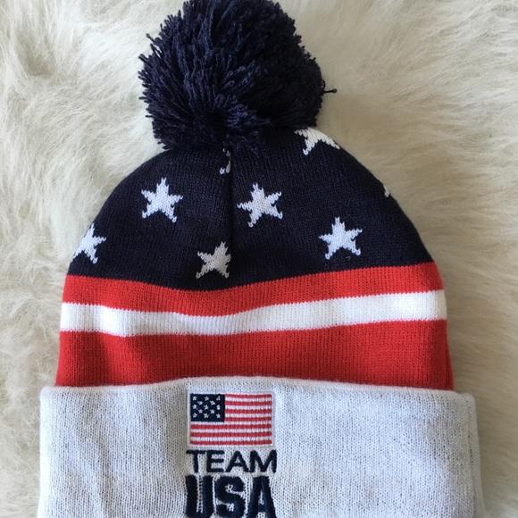 2dc993b5f1f2a TEAM USA Pom Pom Beanie Hat. M 5990f73c4e95a3b16c136274