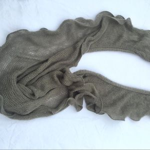 Accessories - Gray knit scarf