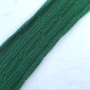 Accessories - Green knit scarf