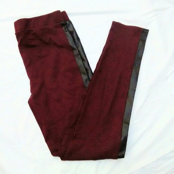 Tinseltown Pants - Tinseltown Red Faux Leather Trim Leggings nwt