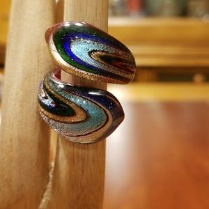 Jewelry - Gorgeous glass ring