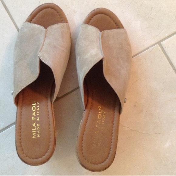 35a0a15bf187 Mila Paoli Nude Suede Wedge Sandals 7.5. M 59919d43d14d7b310a14fdea