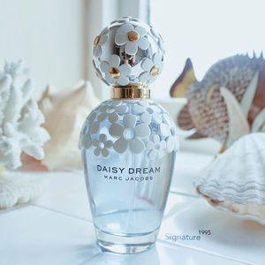 Marc Jacobs Other | Daisy Dream 100ml Perfum | Poshmark