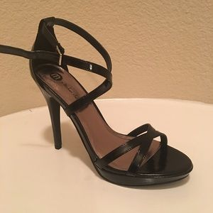 New Black Patent Strappy Sandals Size 7.5