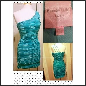 Romeo & Juliet Couture teal dress