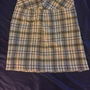 Ann Taylor LOFT petites green/cream pattern skirt