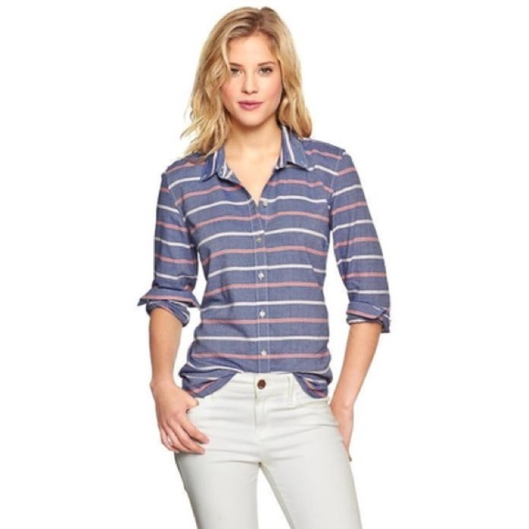 GAP Tops - Gap Fitted Boyfriend Oxford in Blue