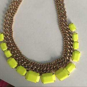 Jewelry - Neon & gold necklace!
