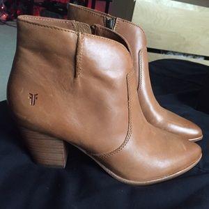 0a1a9b3036b Frye Shoes - Frye - Jennifer Ankle Booties - Size 8 in Cognac