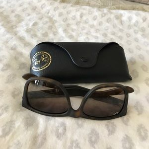 Ray-Ban Accessories - Ray ban JUSTIN R34165 BRAND NEW!